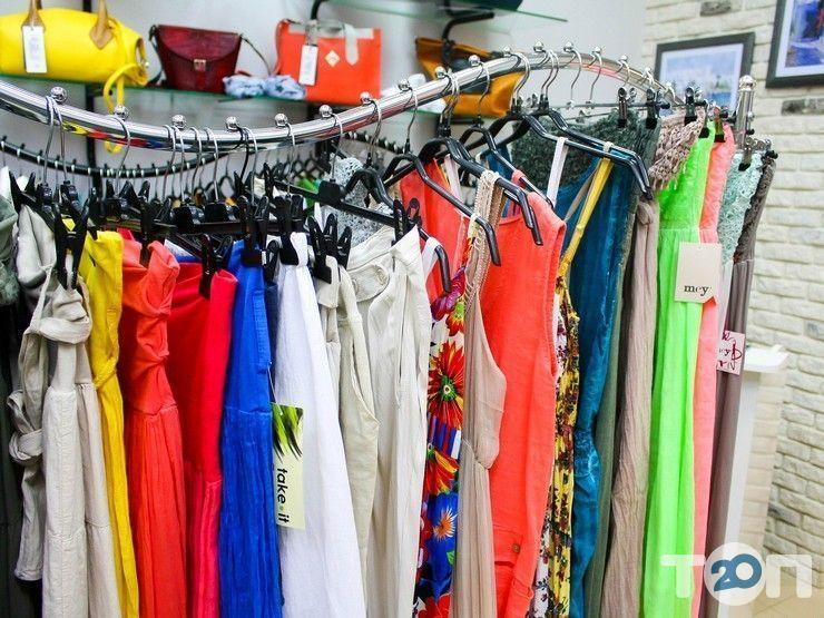 Any Place, магазин одежды и аксессуаров - фото 2