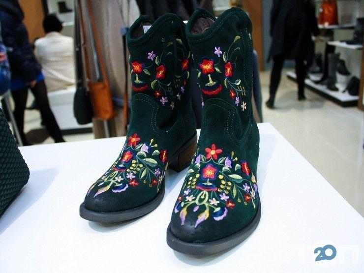 Flit, магазин обуви и аксессуаров - фото 1