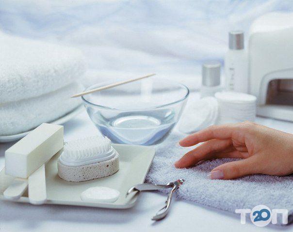 Компания «ВИКТОРИ» Сеть учебных центров и магазинов для мастеров ногтевого сервиса - фото 1