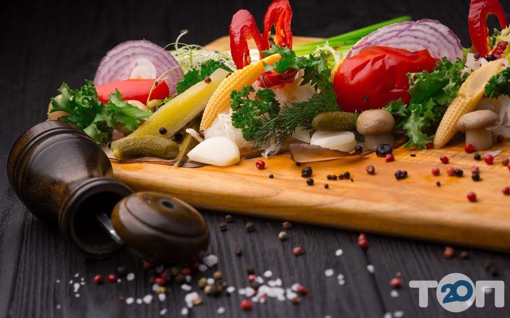 Ренессанс, ресторан европейской кухни - фото 140