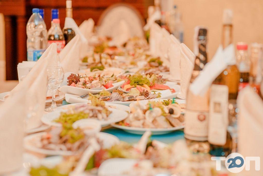 Ренессанс, ресторан европейской кухни - фото 25