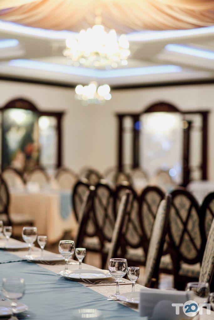 Ренессанс, ресторан европейской кухни - фото 33