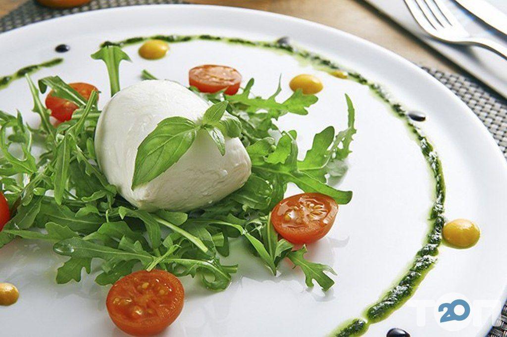 Ренессанс, ресторан европейской кухни - фото 81