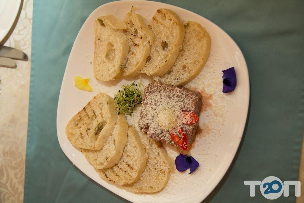 Ренессанс, ресторан европейской кухни - фото 99