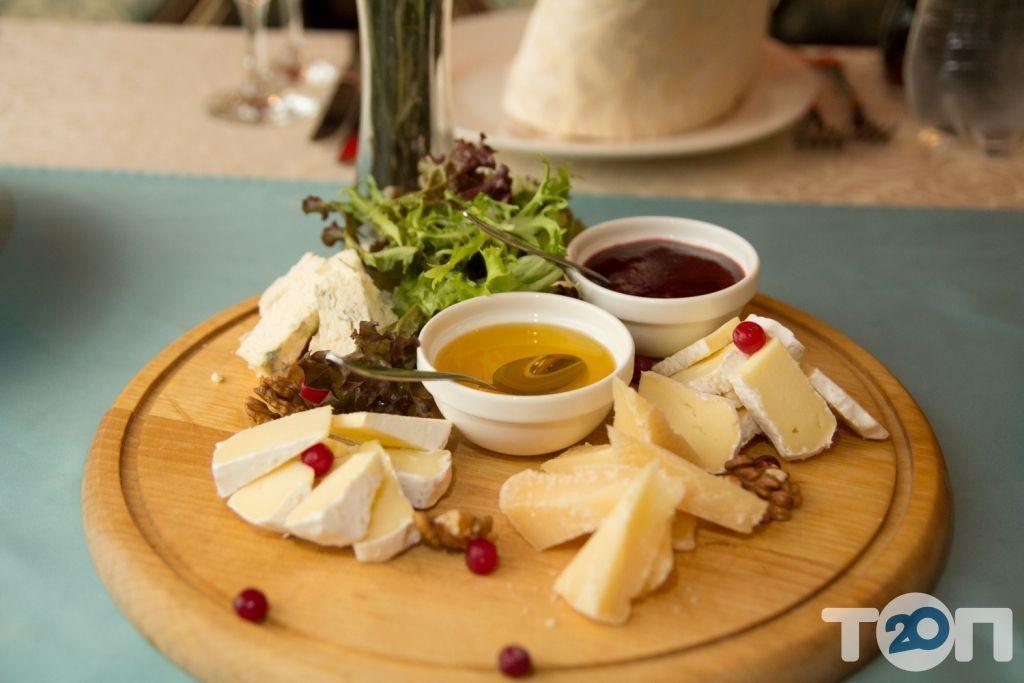 Ренессанс, ресторан европейской кухни - фото 101