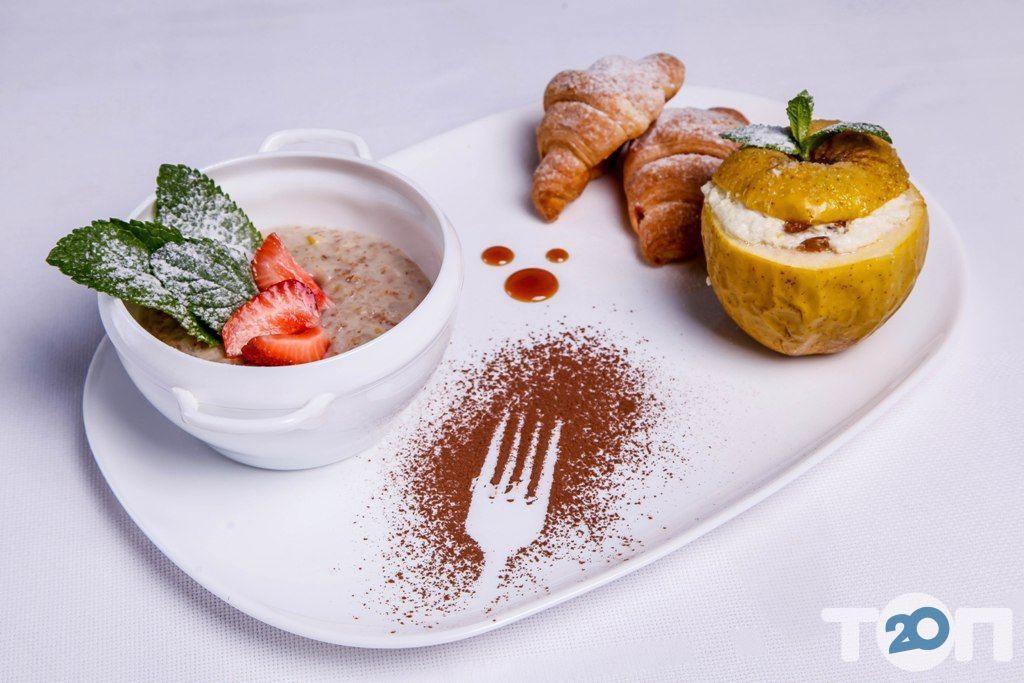 Ренессанс, ресторан европейской кухни - фото 110