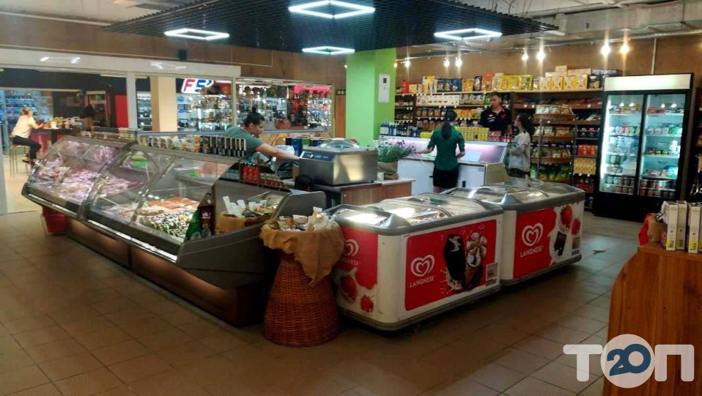 Mozzrella, продукти харчування з Європи - фото 1