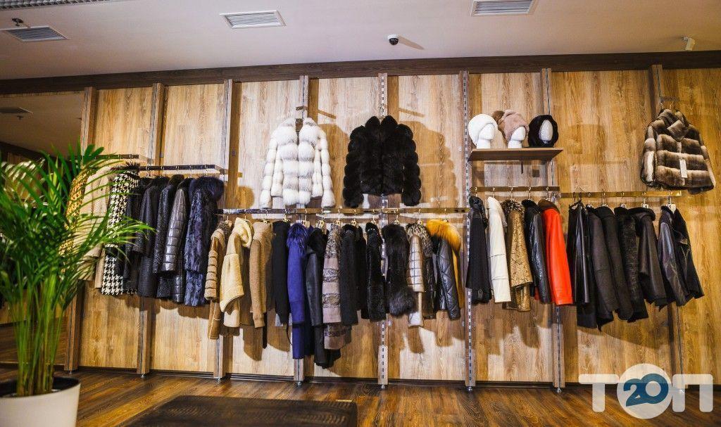 PRIOR, магазин меховых и кожаных изделий - фото 1