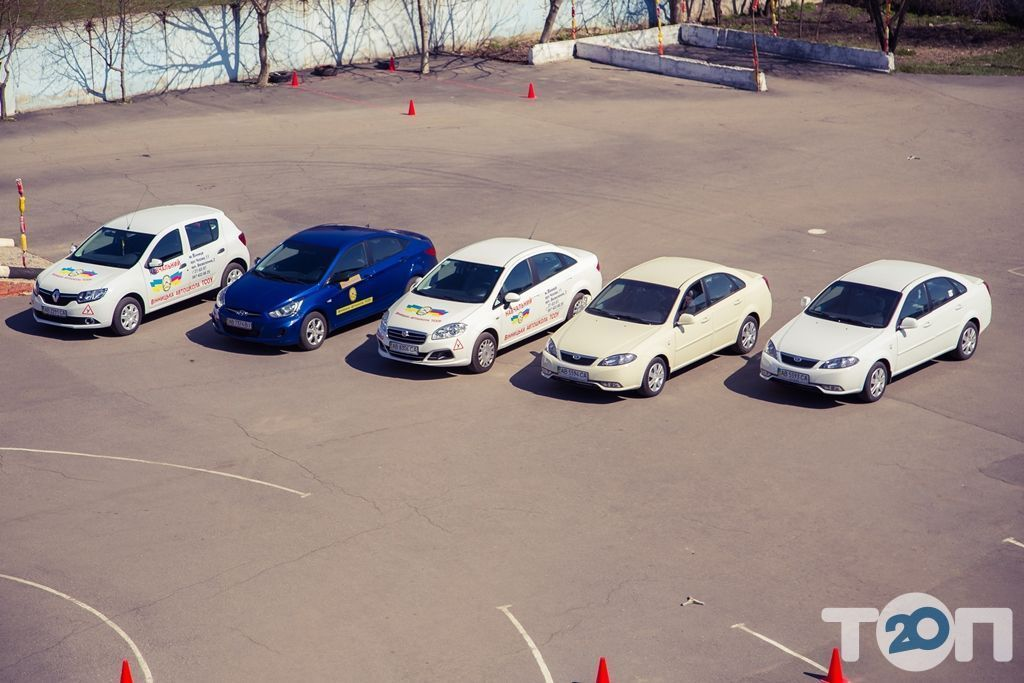 Винницкая автомобильная школа Общества содействия обороне Украины - фото 23