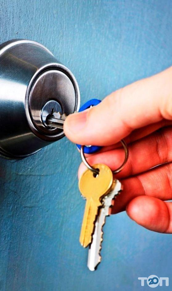 Юрий, установка, замена, врезка замков в металлические двери - фото 2