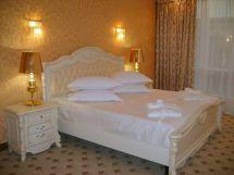 Гайки, отельный комплекс - фото 1