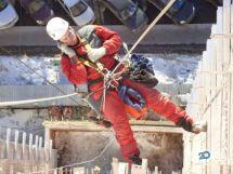 Дмитрий, промышленный альпинизм - фото 1