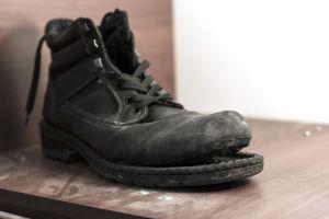 Ремонт обуви на Петлюры - фото 1