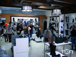 Flit, магазин обуви и аксессуаров - фото 3