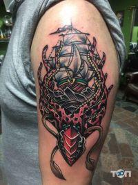 Hard Line Tattoo Studio - фото 1