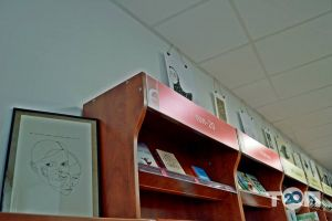 Книгарня Є, сеть книжных магазинов - фото 6