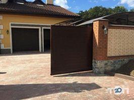 Квадрат плюс, окна, двери, ворота, - фото 1