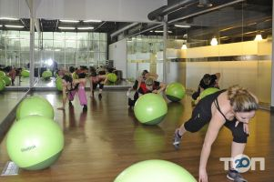 Lime fitness, фитнес центр - фото 1