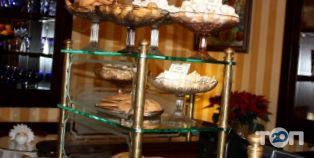 Львовская цукерня, кафе - фото 1