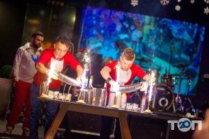 Люди Fusion Place, лаунж-кафе, караоке-клуб - фото 4