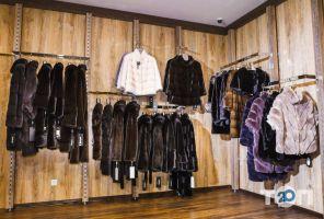 PRIOR, магазин меховых и кожаных изделий - фото 3