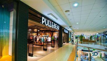 Pull&Bear, магазин одежды и обуви - фото 1