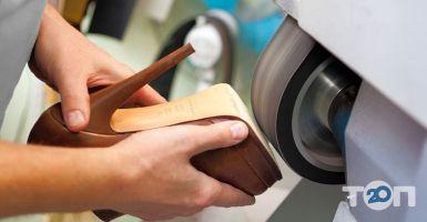 Картинки по запросу Мастерская по ремонту обуви