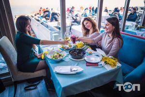 Santorini, кафе на берегу моря - фото 20
