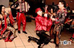 Андо Шатро, цыганский шоу-театр - фото 4