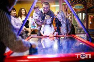 Веселий Вулик, семейно-развлекательный центр - фото 1