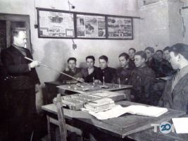 Винницкая автомобильная школа Общества содействия обороне Украины - фото 35
