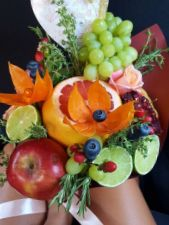 WOW Buket вкусные букеты из фруктов и не только - фото 1
